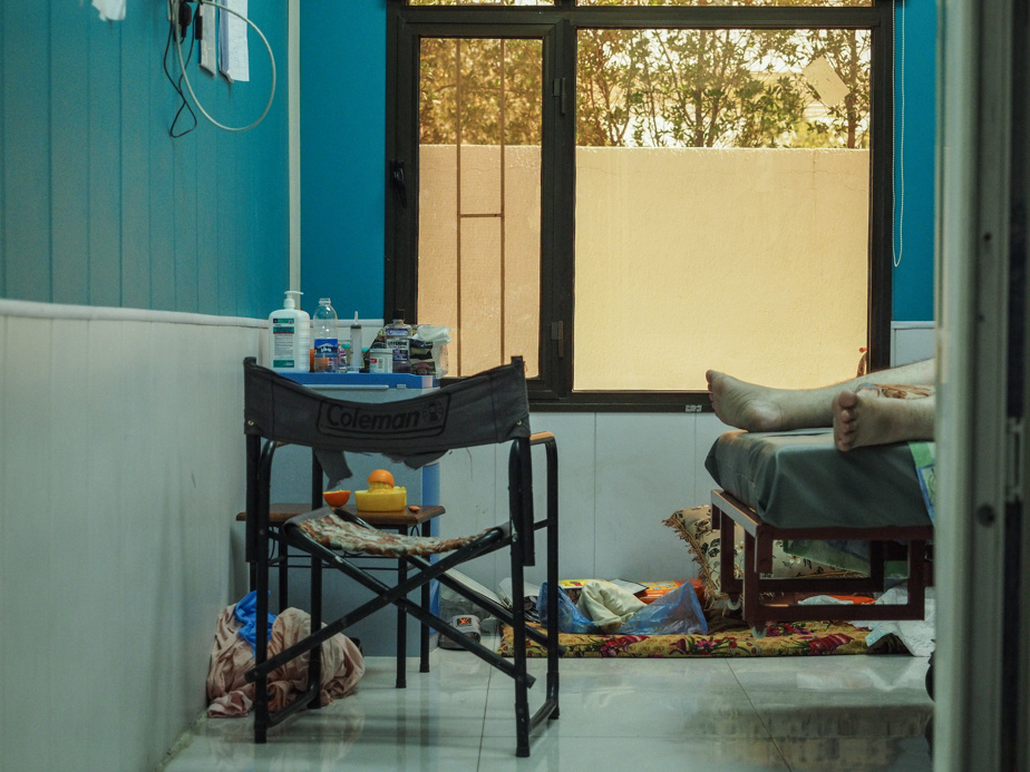 A room in the intensive care unit of Al-Kindi Hospital